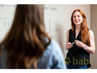 Ищете переводчика с экономическим образованием в Лугано?