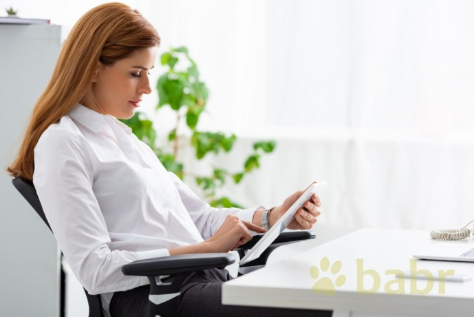 interpreter-during-a-medical-examination-in-thessaloniki-big-0